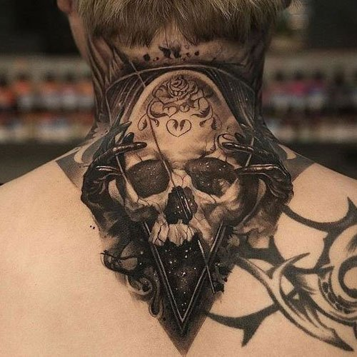 Cool Back of Neck Tattoo Ideas For Guys