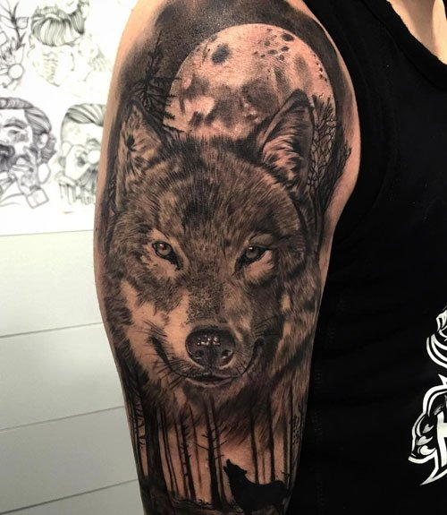 Awesome Wolf Shoulder Tattoo