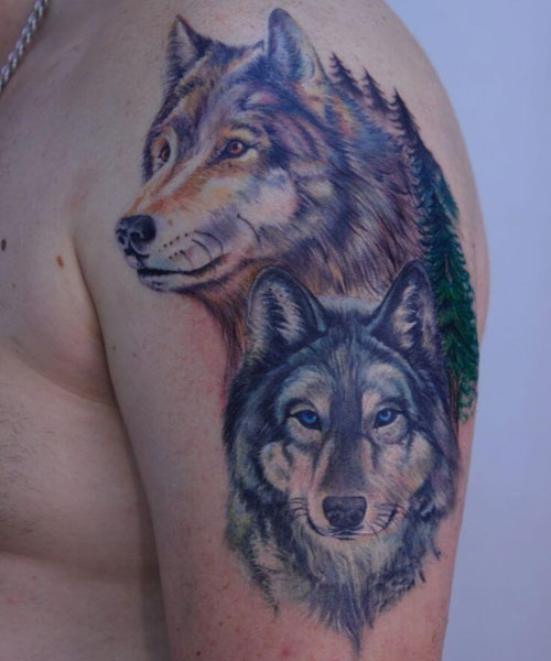 Cool Wolf Shoulder Tattoo Ideas