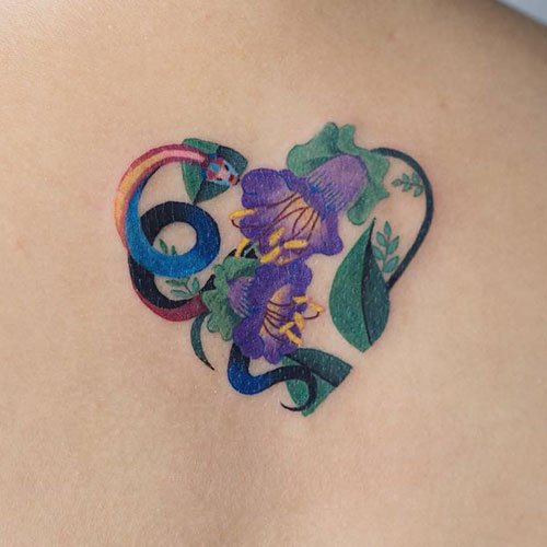 Awesome Heart-Shaped Flower Tattoo Designs For Women