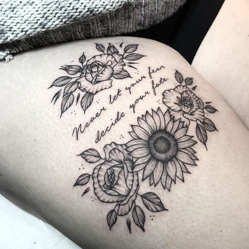 Best Simple Thigh Tattoos