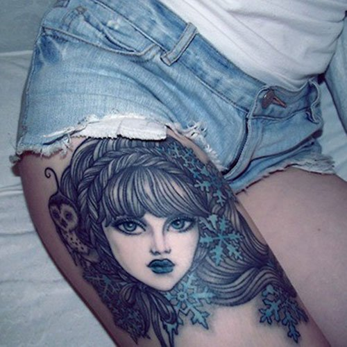 Cool Female Thigh Tattoo Ideas