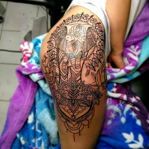 Pretty Thigh Tattoo Designs For Women