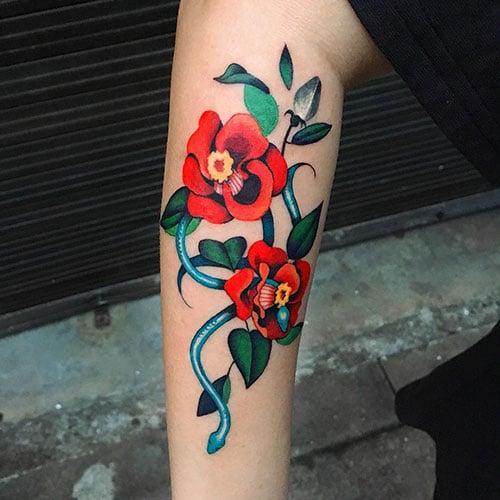 Realistic Flower Tattoo Ideas For Women