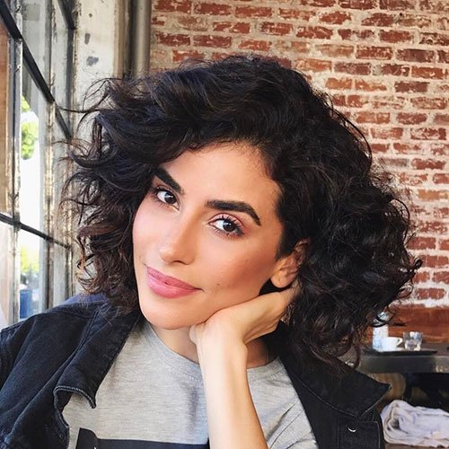 Blunt Cut Curly Hair