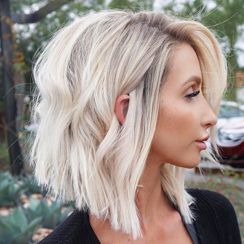 Long Bob Hairstyle with Blunt Cut Ends