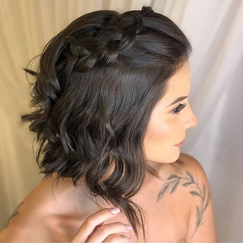 Inverted Bob with Braid