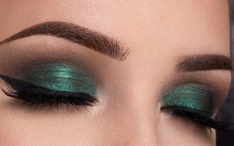 Best Green Eyeshadow For Blue Eyes