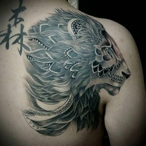 Cool Lion Back Tattoo For Men