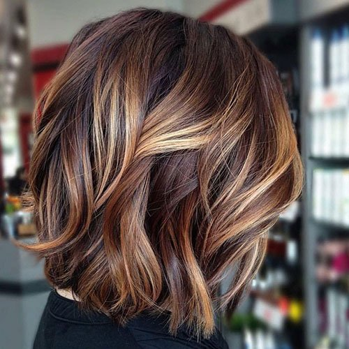 Golden Highlights in Brown Hair