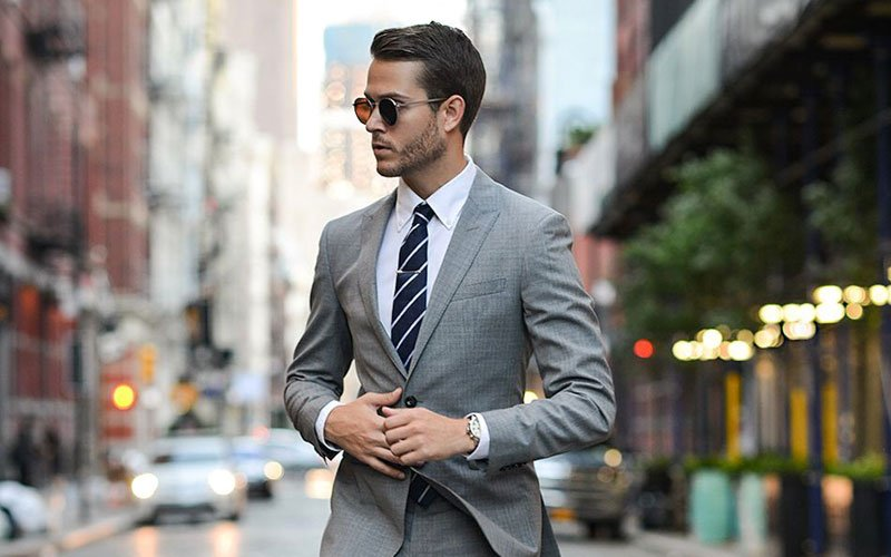 What Color Shirt To Wear With A Grey Suit