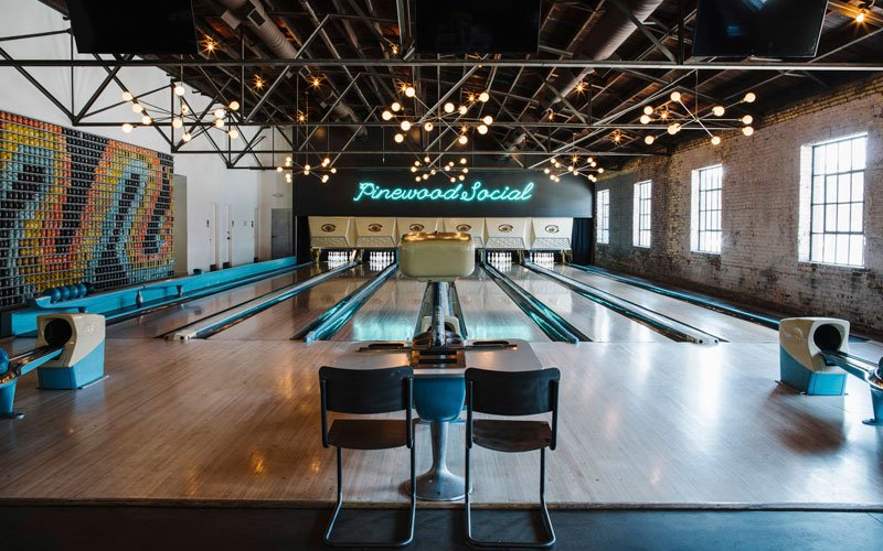 Go Bowling For A Cheap First Date
