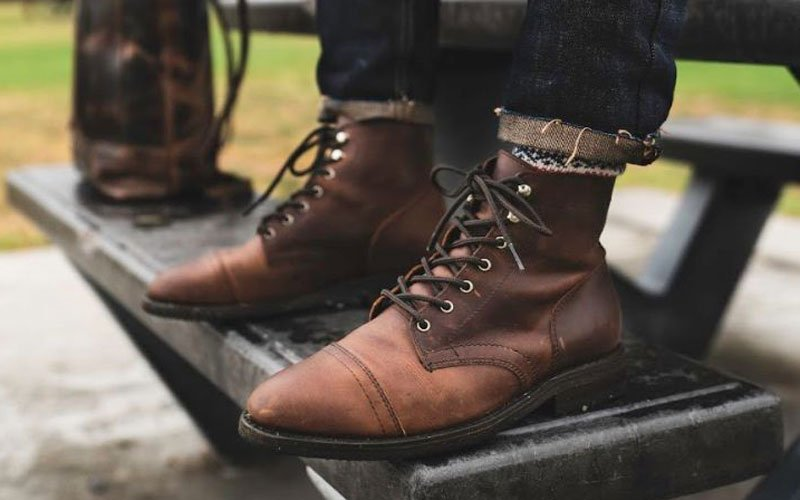 Men's Brown Boots with Jeans