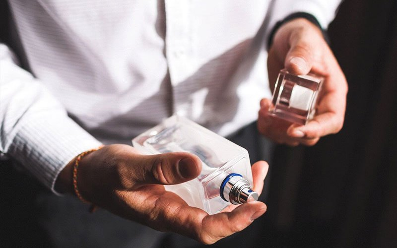 How To Apply Cologne Properly